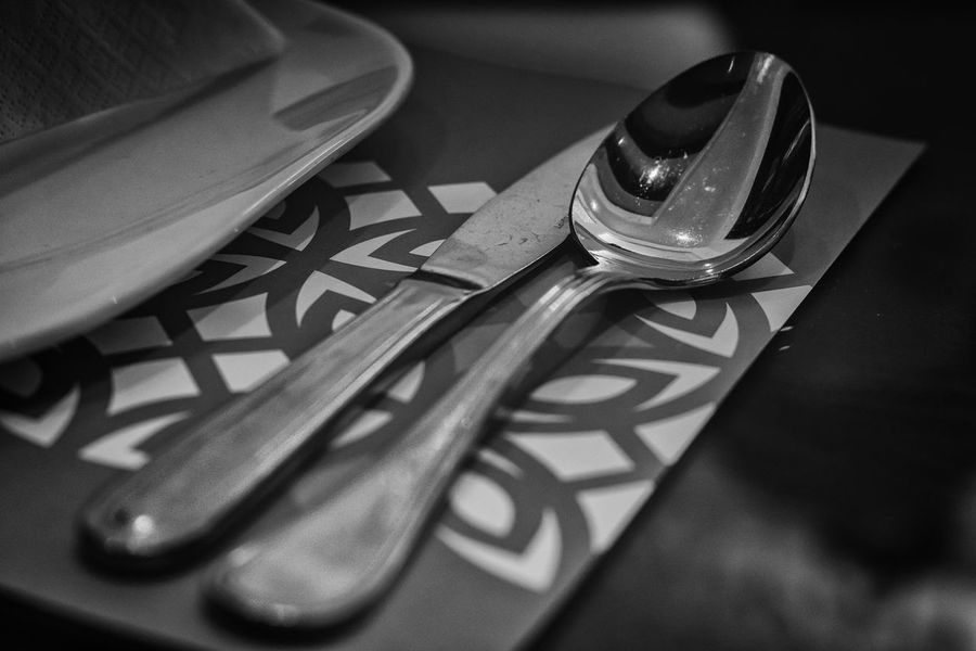 Eating Spoon Table Setting Close-up Cuttlery Day Eating Out Fork Indoors  No People Restaurant Table