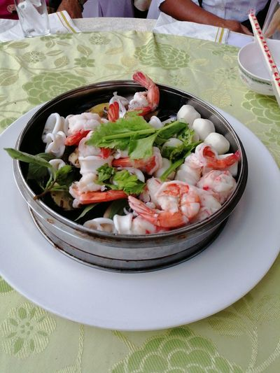 Plate Bowl Close-up Food And Drink Sashimi  Served Salmon - Seafood Prepared Food Fillet Seafood Salmon Sushi Japanese Food Shrimp Starter Greek Salad