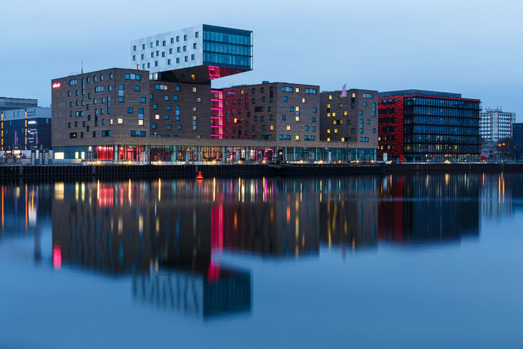 Berlin Blue Hour Spree Water Reflections Architecture Nhow