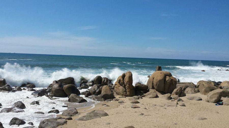 Beachphotography Brave Ocean Ocean Beach Life Is A Beach Noedit Nofilter AndroidPhotography EyeEm Porto Sunshine