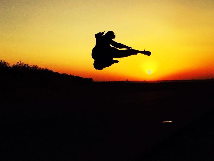 Superman Flying Help People Make Peace Not War ✌ Sun Sunset_collection Sunset #sun #clouds #skylovers #sky #nature #beautifulinnature #naturalbeauty #photography #landscape