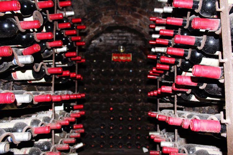 Wine Wine Tasting Wine Time Winehouse Wine House Wine Bottles Underground Bottle Bottle Art Bottles Collection Bottles Of Wine EyeEm Gallery Popular Popular Photos EyeEm Best Shots EyeEm Restaurant Botin Madrid Madrid Spain