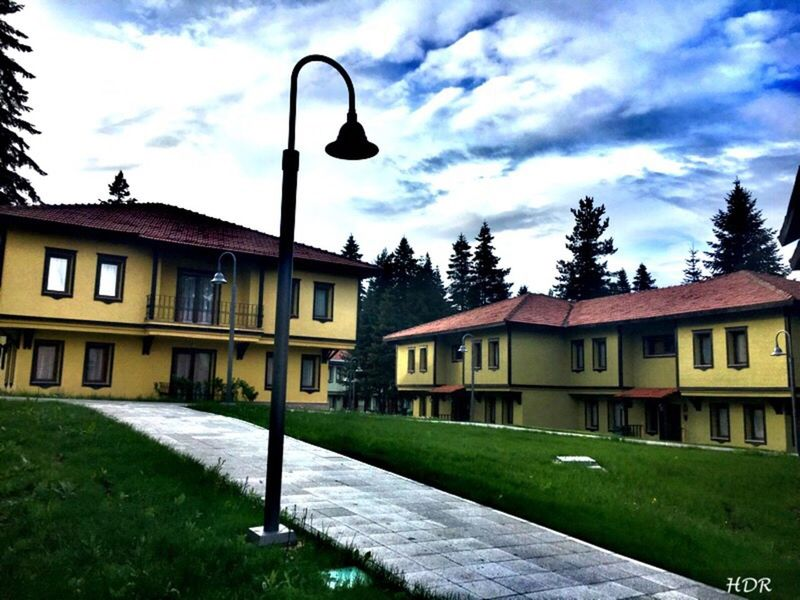 Architecture Building Exterior Built Structure Outdoors Tree Grass Nature Cloud - Sky No People House Day Sky Nature Tranquility Beauty In Nature ılgaz Kastamonuevleri Mountain Türkiye Turkey