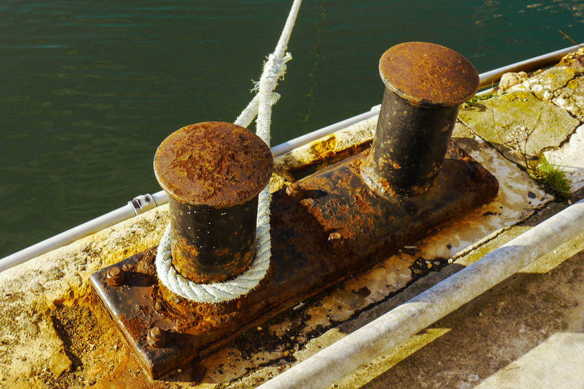 Peer Close-up Day Dock Docks High Angle View Metal No People Outdoors Rope Knot Rusty Water
