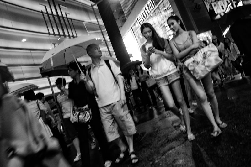 Streetphotography Lensculture Lensculturestreets Citylife Snapshots Of Life Street Photography Bnw_collection Black & White Black And White Photography Black And White Bw_collection Bnw_captures Monochrome Noir Et Blanc Nightlight Nightphotography Black&white Black & White Photography Fujifilm_xseries X-E1 Urban Exploration Urbanphotography Street Life Dailyphoto Dailylife