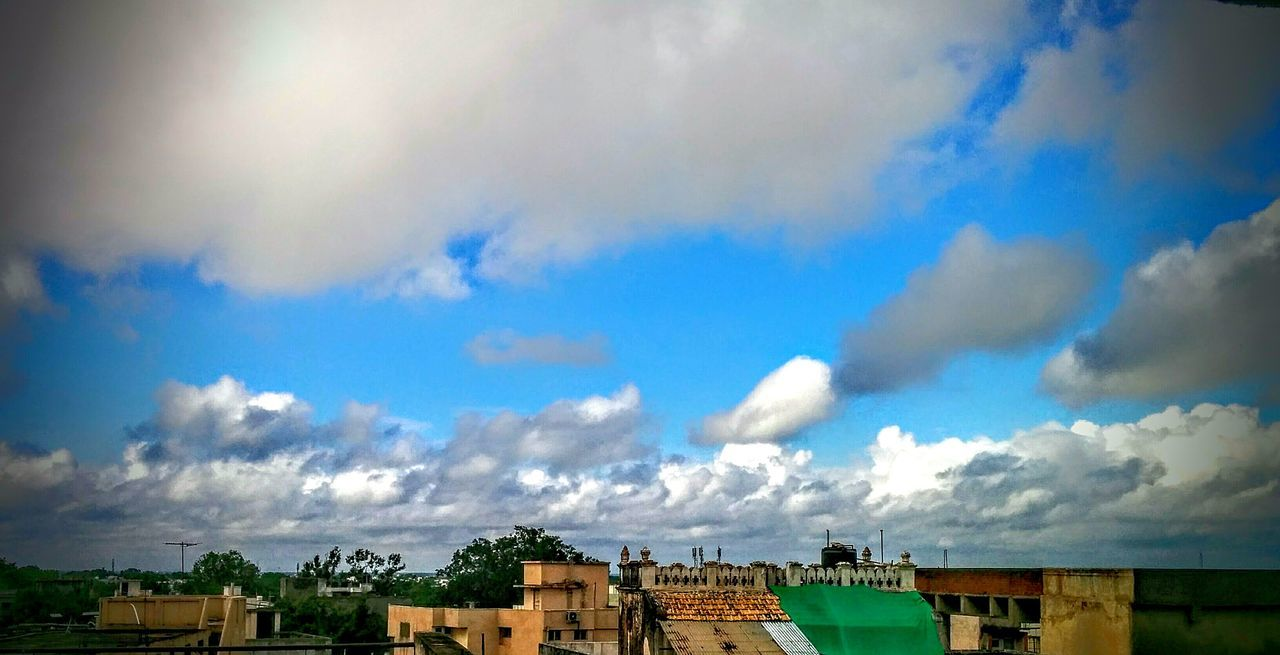 cloud - sky, architecture, built structure, building exterior, sky, house, day, no people, outdoors, low angle view, nature, beauty in nature