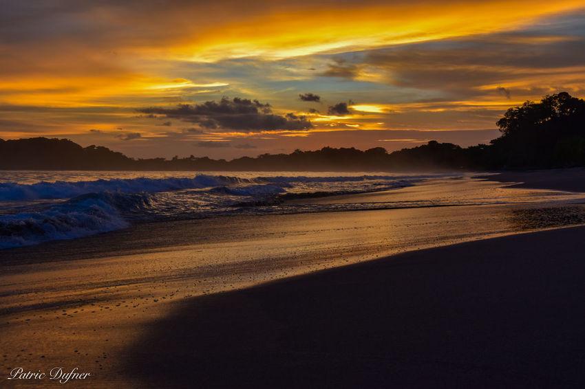 Beautuful sunset at the Puerto Carrillo, next to samara. Beach Beach Photography Costa Rica Costa Rica Beaches Costa Rica Sunset Costa Rican Vacations Sunset Sunset Beach
