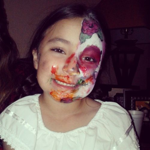 Ahahahaha she got cake shoved in her face! Prima Lupita She 'stickedaboutit AHA cutie love_her