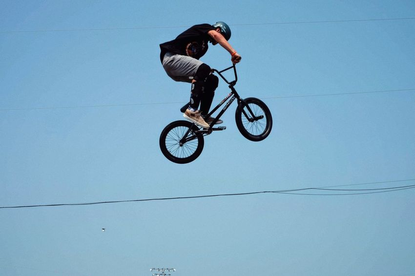 Nowear BMX Team Nebraska State Fair August 25, 2018 Grand Island, Nebraska Camera Work Event Extreme EyeEm Best Shots Flying High Getty Images Nebraska Nebraska State Fair NowearBMX Skill  Stunt Summertime Action Shot  Bicycle Bigair Bmx  Extreme Sports Eye For Photography Freestyle Lifestyles Mid-air Real People Riding S.ramos August 2018 Tourist Destination