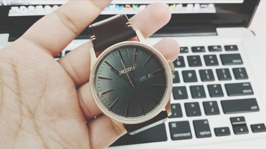 a new arm candy makes me happy ? Arm Candy  Nixon Watch The Sentry Rosegold Nixon Watches Leathergoods Keeping It Simple