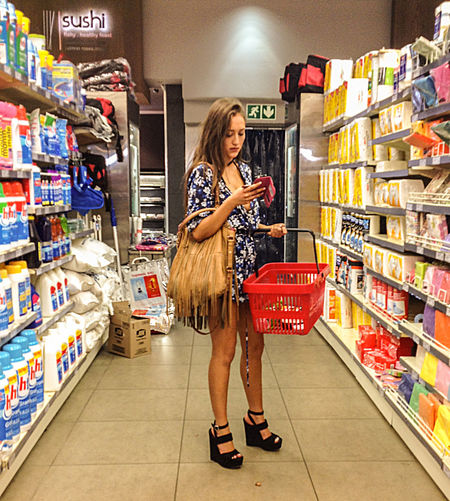 Candid Candid Photography Legs Platform Shoes Streetfashion Streetphotography Supermarket Fashion Wedges