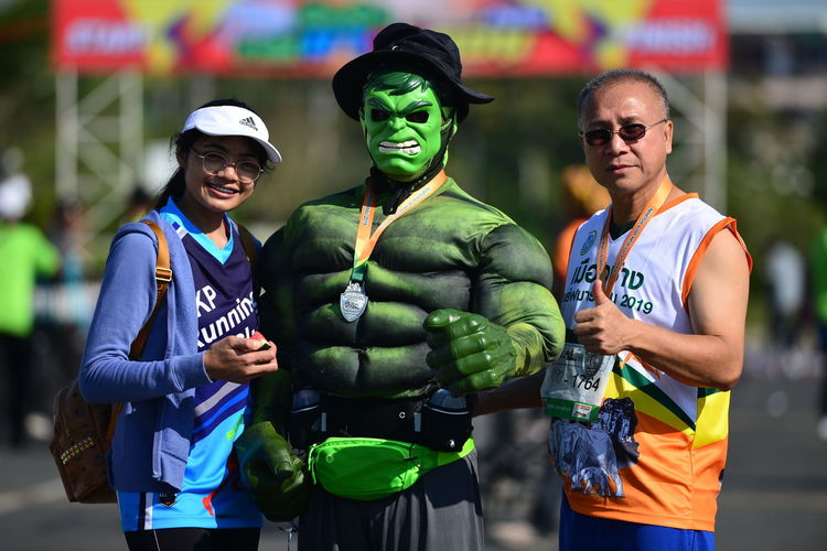 nikon d610 af-s 300mm f4d Surin half marathon Thailand 2019 Hulk Hulk Hulk Superhero Super Hereo Superheroes Spiderman WarnerBrosStudios Marathon Marathon Thailand Marathon Runner Focus On Foreground Outdoors Day Race For Life