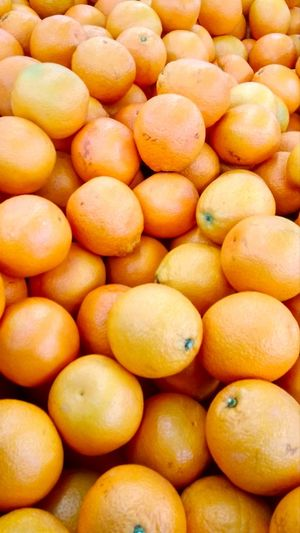 Апельсины апельсины апельсин фрукты фрукт супермаркет Fruit Healthy Lifestyle Backgrounds Full Frame Citrus Fruit Supermarket Market Vitamin Close-up Food And Drink Juicy Blood Orange Tropical Fruit Orange - Fruit Orange Tree Vitamin C