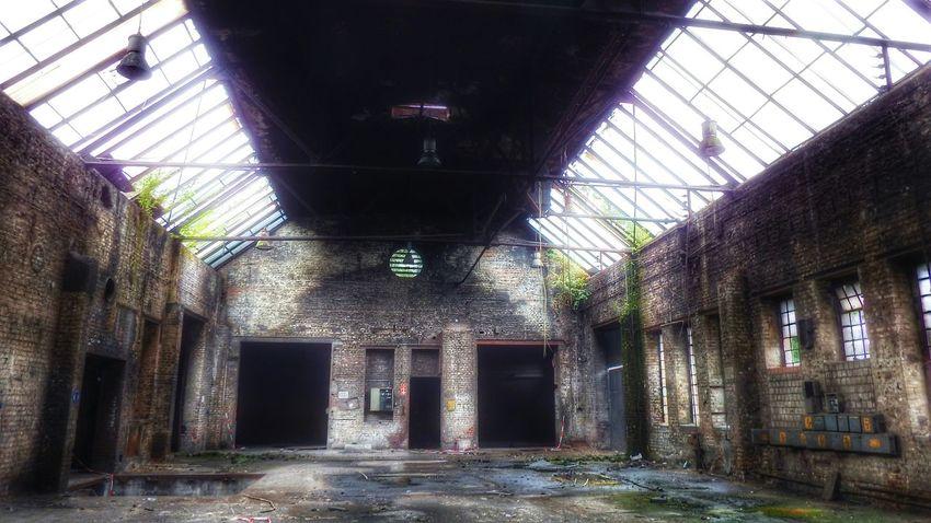 Lostplace Germany Duisburg Eye4photography  Factory Fujifilm Finepix SL1000 Brokenwindows Shadows & Lights Old Buildings