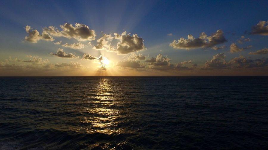 skyline Sea City Sunset Beach Beauty Water Summer Horizon Gold Colored Sun