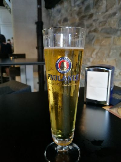 Tomando una cerveza en el bar Babilon Drink Drinking Glass Refreshment Food And Drink Alcohol Indoors  No People Close-up Freshness Frothy Drink Day Healthy Eating Liqueur Breathing Space Investing In Quality Of Life EyeEmNewHere