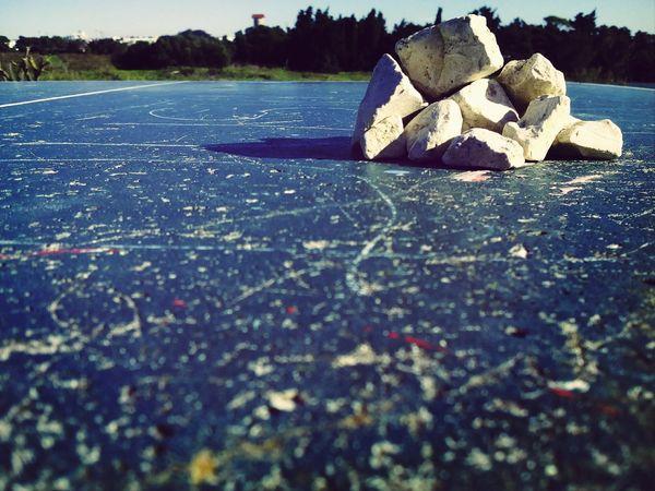 Rocks Marii Table