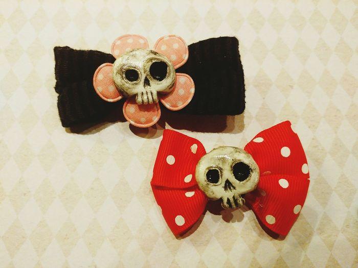 EyeEm Selects Matishtar Designs Matishtar Hairfashion Hair Clips Halloween AlternativeAlternative Fashion  Skulls Skulls 💀 Skulls♥ Skull Hair Clips