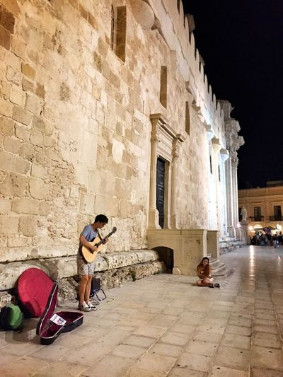 Great music Walking Around Relaxing Great Atmosphere Music Guitar Streetphotography Getting Inspired Ortigia Sicily Enjoying The View Ortigia By Night Duomo - Ortigia