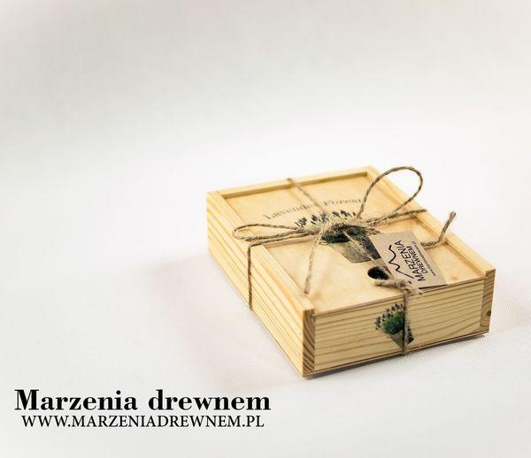 Lavender Forest od Marzeniadrewnem. Wymiary 20cm/15 cm/5cm. #szkatułka #ręcznie #wykonana #lawenda #skrzynka #marzeniadrewnem #Myślenice #Kraków #homedecor #homemade #woodworker #design #wooddesigner #inspiration #handmade #woodbox #beautiful #box #lavender #forest #nature #mypassion Szkatułka Ręcznie Wykonana Lawenda Skrzynka Marzeniadrewnem Krakow Myslenice Homedecor Homemade Beautiful Inspiration Woodworker Nature Woodbox Design Lavender Wooddesigner Handmade Box Forest Mypassion Wood Studio Shot No People Paper Indoors  White Background Close-up Day
