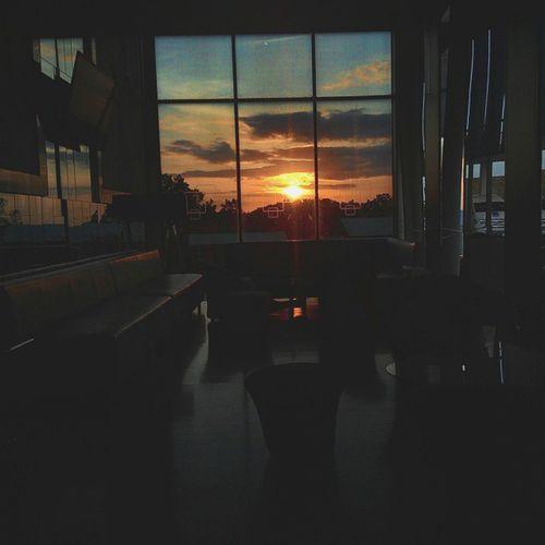 Di sore itu menuju senja Sunset Mataponsel Matahari Sun Indie Folk Kamerahpgw SORE Senja  Croootz