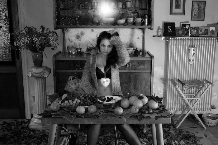 Fruit of Youth Models Sensual_woman Beautiful Girls  Young Women