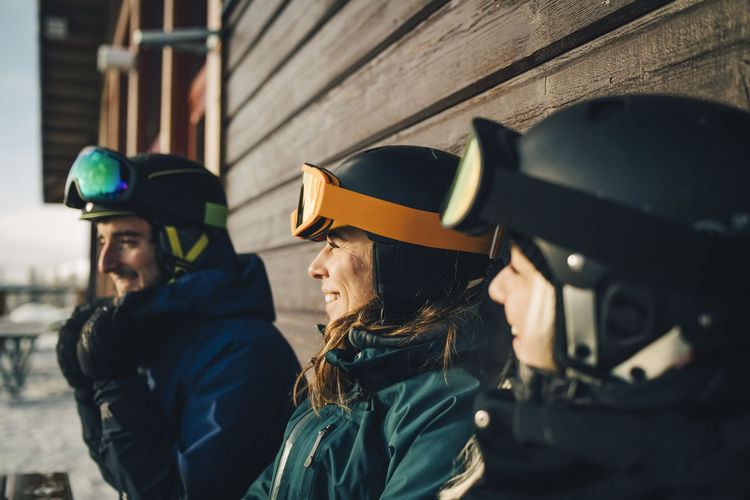 Man and woman wearing mask outdoors