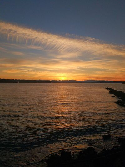 shoreline sunset #pugetsound#tacoma#industrial #skyporn#view#cloudporn#pugetsound PortOfTacoma Skyporn Clouds And Sky