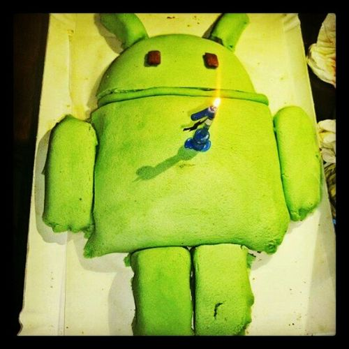 Android cake: i tried. Android Google Googlefan Cakedesign Sugar Paste Googleandroid Birthday Cake Baking Nerd Geek