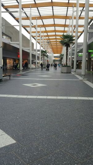 dutch mall ♡♡♡ In Heaven Meeting Friends Going Out Enjoying Life Taking Photos In Heaven Quality Time Shopping Hi! Hello World