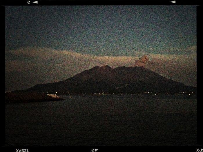 夜の桜島〜