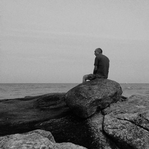 Sea Nature Lifestyles Sky EyeEm Black And White Hello World Traveling Lonely Black & White