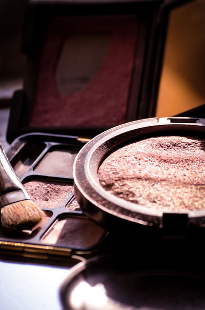 make up when you wake up Make Up Artist EyeEm Selects Eyeshadowpalette Makeup Bronzer Day Job  No People Freshness