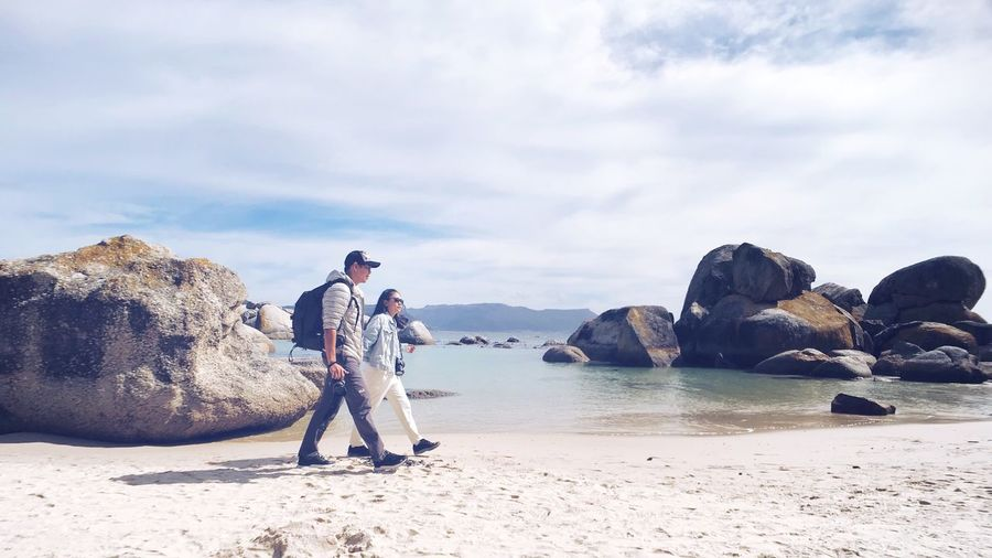 Boulders Beach Walking Travel Destinations Vacations Tourist Cape Town Walking Together South Africa Natural Couple Travelling EyeEm Selects Water Real People Sea Beach Cloud - Sky Beauty In Nature Scenics - Nature Lifestyles People