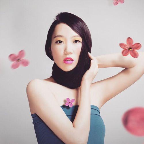 Millennial Pink Beauty Studio Shot Beautiful Woman Flower Portrait Leechangwon Pink Color Young Women