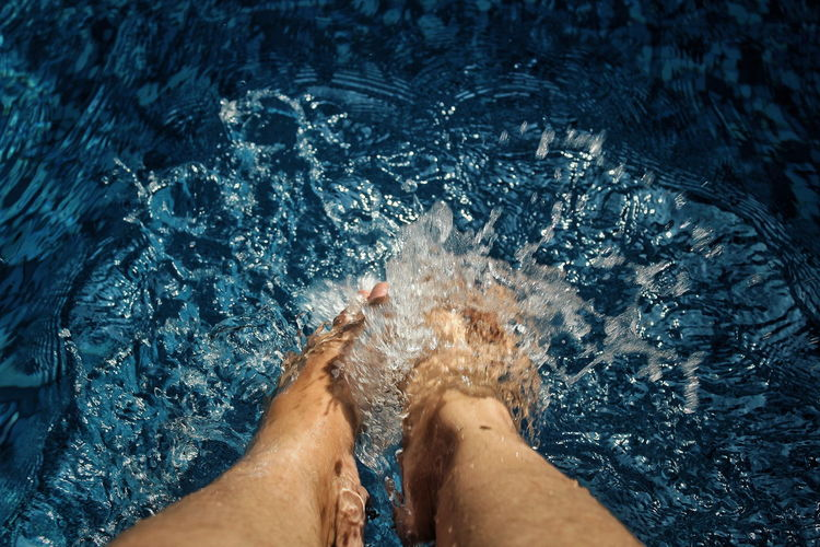 Splash (10) EyeEm Selects EyeEmNewHere Sommergefühle Barefoot Splash Human Body Part Happy Feet Blue Water Swimming Pool EyeEm TOA 2017 Neon Life Fresh Nature Outdoors Happy Enjoying Life Feet Breathing Space Mix Yourself A Good Time Playing With Water Bandung, West Java INDONESIA Been There. Done That. Connected By Travel Perspectives On Nature Rethink Things Second Acts Be. Ready. Crafted Beauty AI Now EyeEm Ready   Summer Exploratorium This Is My Skin #FREIHEITBERLIN Summer Sports Summer In The City