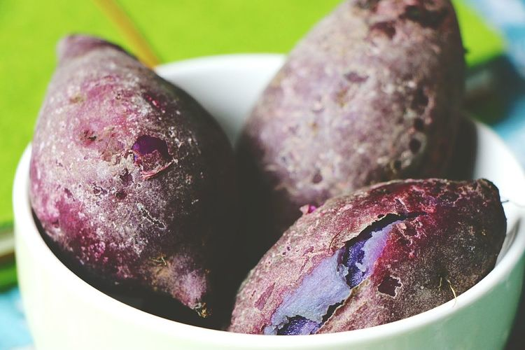 Food And Drink Healthy Eating Vegetable Freshness Healthy Lifestyle Indoors  Raw Food Food Close-up No People Day Photography Purple Potatoes