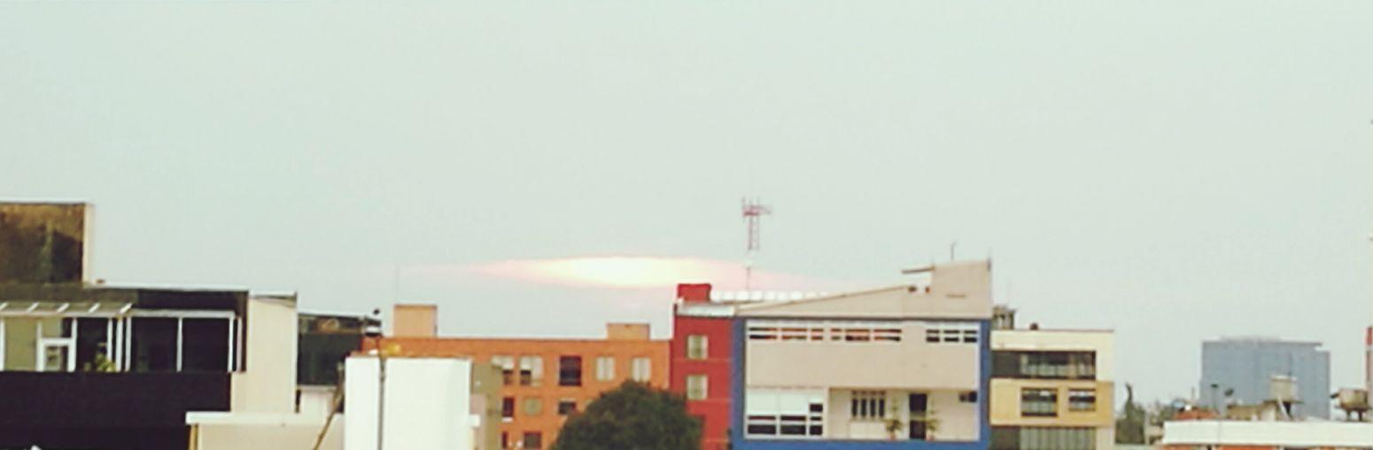 sol de lluvia.