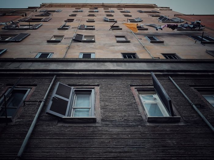 Roman building Urban Edifice Streetphotography Architecture Built Structure Building Exterior Window Low Angle View Day Building Residential District Repetition Apartment Pattern Stories From The City