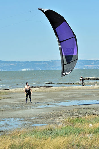 Kiteboarding In San Mateo 5 Kite Surfing Kite Launch Beach Kite Surfers Sport Colorful Sails Watersports Aquatic Sports Enjoying Life Kiteboarding Wind Power Sail Power