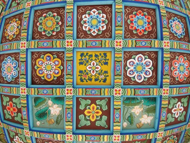 Pattern Multi Colored Design Cultures Art And Craft Craft Tile Mosaic Variation Ceramics No People Tradition Textured  Indoors  Architecture Non-western Script Backgrounds Decorative Art Day Library Bongeunsa Seoul, Korea V20