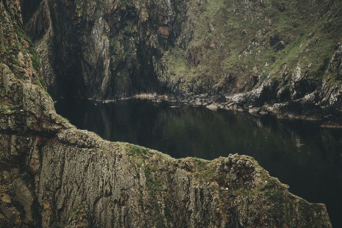 Scotland Island Island Life Travel Rock Rock Formation Cliff Hiking Water Close-up Calm Geology The Great Outdoors - 2018 EyeEm Awards The Traveler - 2018 EyeEm Awards
