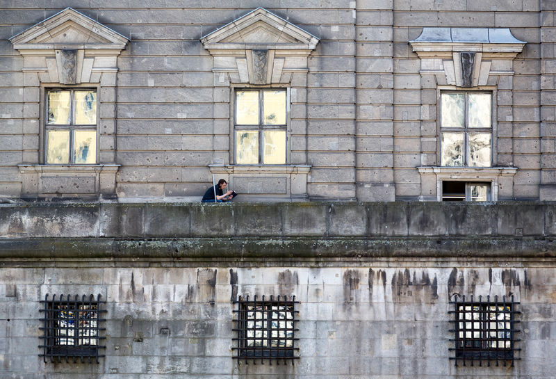 reading man Architecture Building Exterior Day Façade Museumsinsel One Person Reading The Architect - 2017 EyeEm Awards