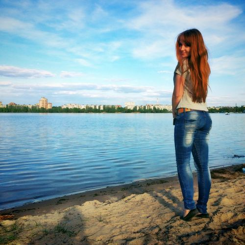 Vrn Girl View Enjoying Life Water Sky