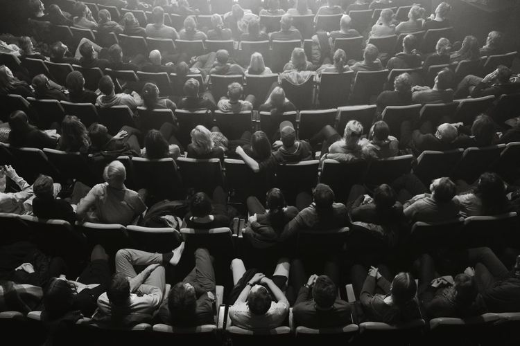 People From Above Catching A Show Audience People People Watching Peoplephotography The Human Condition EyeEm Schwarz EyeEm Bestsellers Market Bestsellers May 2016 A Bird's Eye View