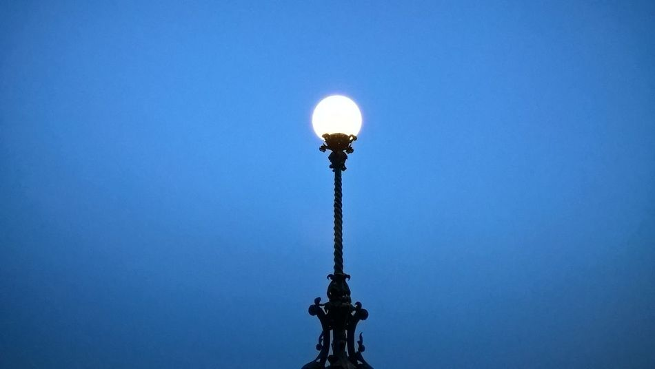 #bluehour #budacastle #budapest #lumiaphoto #minimalist Architecture Blue Clear Sky Day Electricity  Illuminated Light Bulb Lighting Equipment Low Angle View Nature No People Outdoors Sky