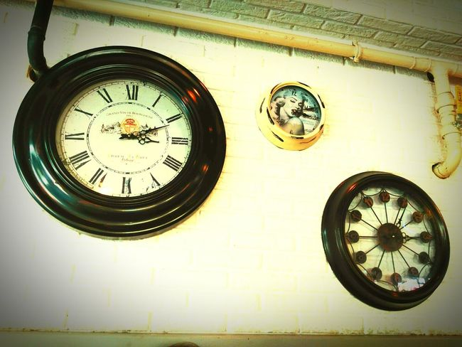Boring Clock