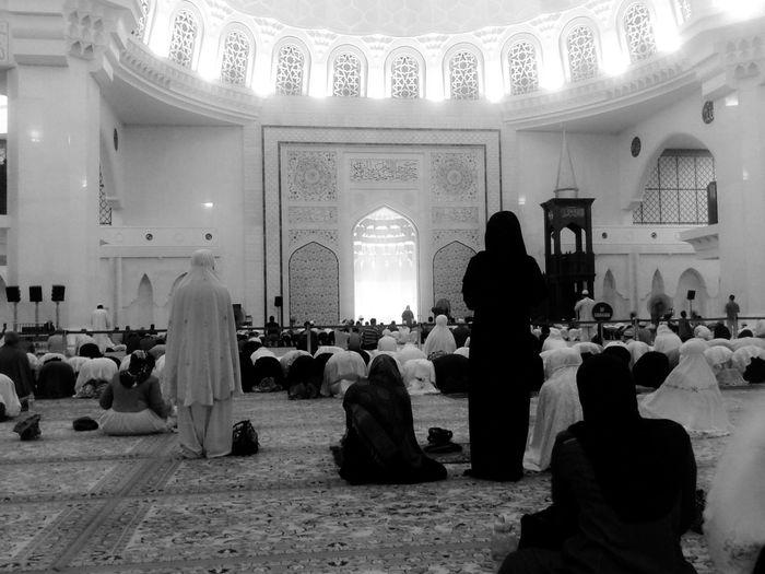 ramadan slowly leaving us.welcome syawal.