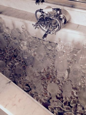 KINGDOM Richpeople Diamond Bathroom