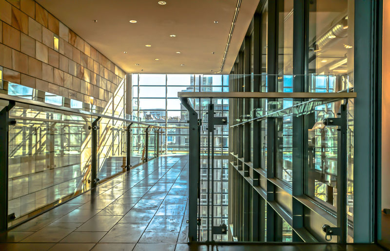 Architecture Modern Modern Architecture Reflection Sunlight Corridor Glass - Material Indoors  No People Sunlight And Shadow Window The Architect - 2018 EyeEm Awards Capture Tomorrow The Architect - 2019 EyeEm Awards